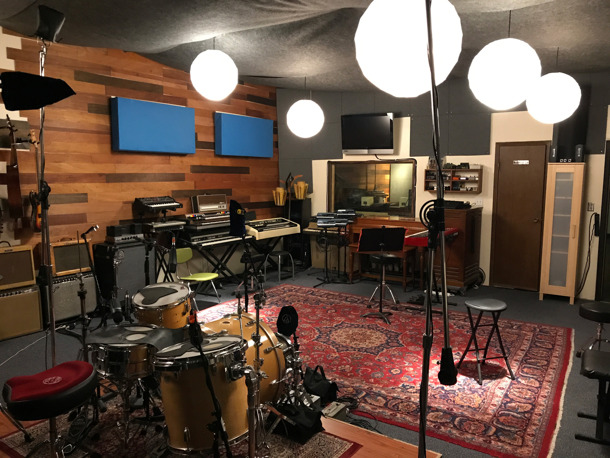 Live room view 3